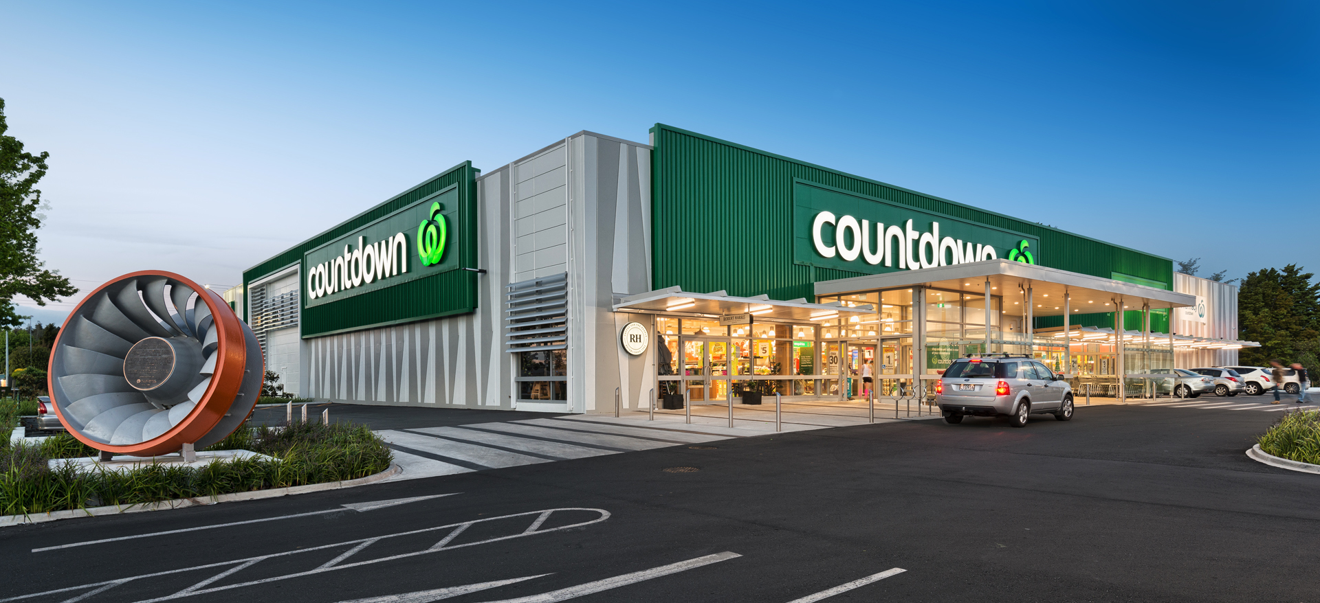 Countdown Supermarket Chain, Auckland